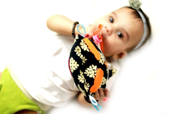 Sensory toy for baby - Cookie