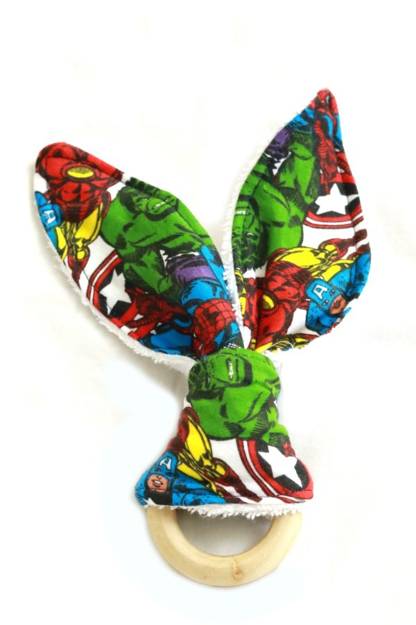 TTE 17 (1) Baby wooden ring teether - avengers