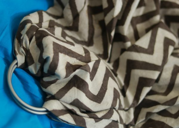 S- 3059 (1) cookiie ring sling baby carrier double layer cotton- chevron java on azure block